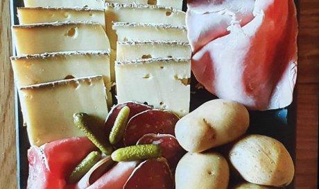 Vente de raclette à emporter dans votre restaurant savoyard à Lugrin